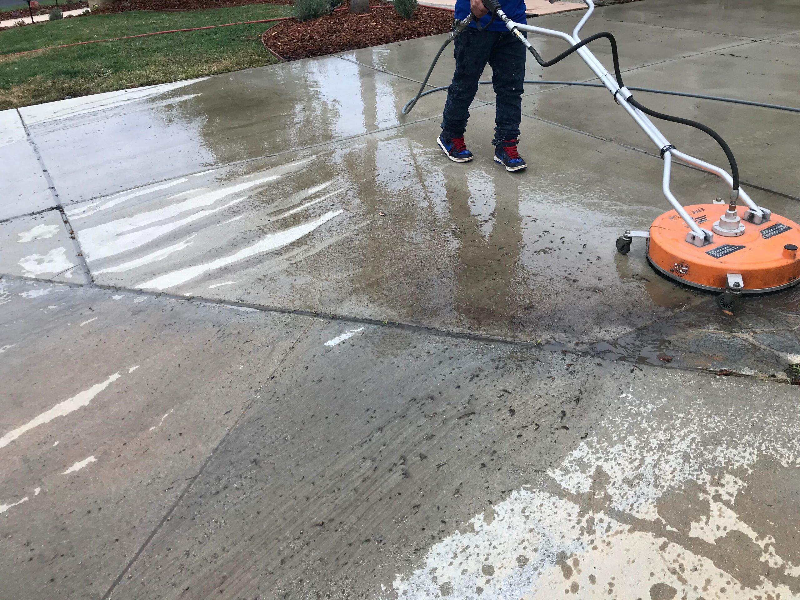 Pressure Washing Thousand Oaks
