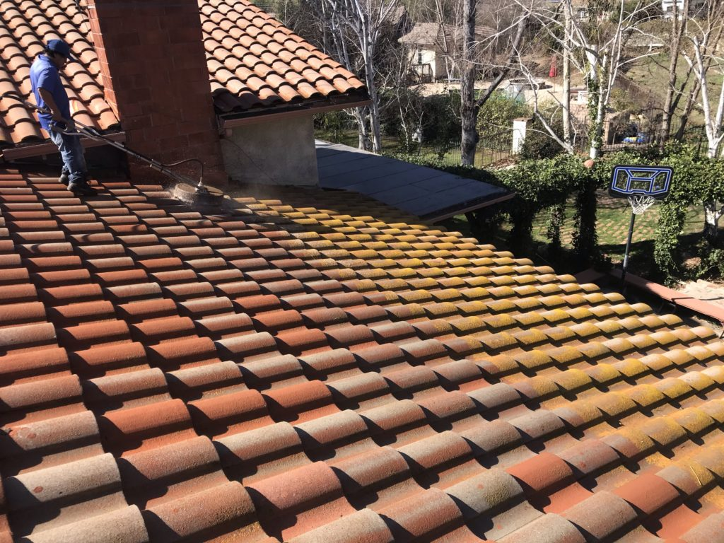 Tile Roof Cleaning Agoura Hills