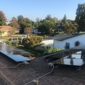 low-pressure-solar-panel-cleaning